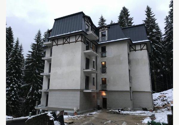 Bytový dům Třebízského.