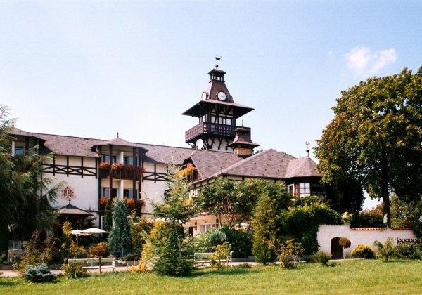 Rozhledna Schlosshotelu Bárta Klimentov